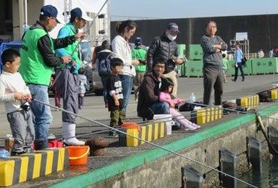 【平塚】ひらつかタマ三郎漁港まつり2017